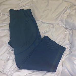 Gymshark capris cropped leggings size Medium NWOT